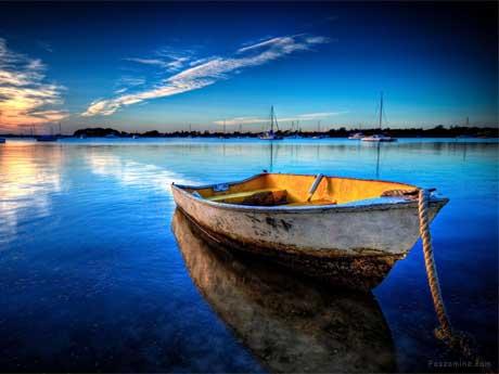 قایق و غروب آفتاب