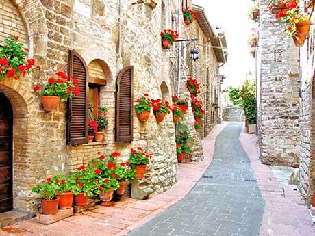 خیابان فرعی در ایتالیا