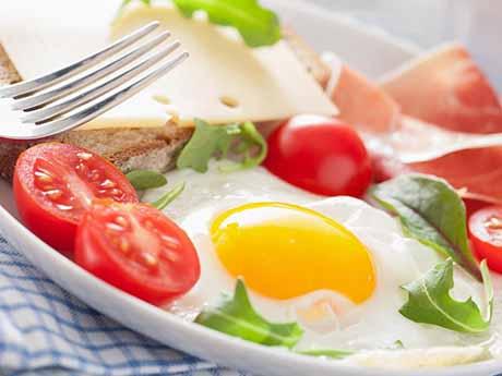 والپیپر صبحانه تخم مرغ