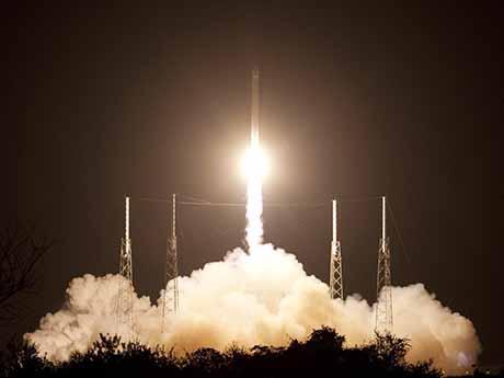 والپیپر پرتاب راکت به فضا